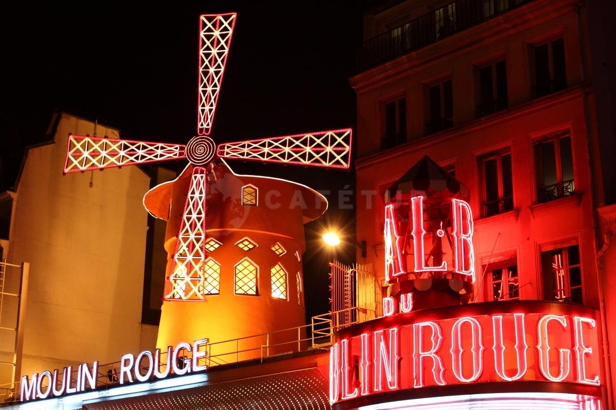 lighting in moulin rouge
