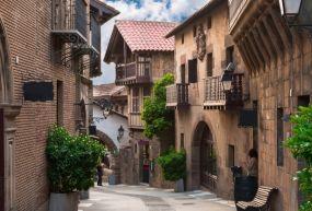 Poble Espanyol (İspanyol Köyü)