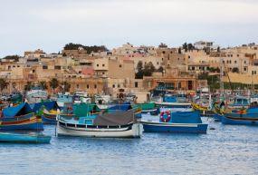 Marsaxlokk Koyu ve Mavi Mağara