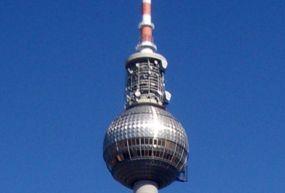 Fernsehturm-Tv Kulesi