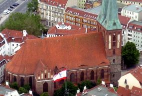Nikolaikirche-Aziz Nicholas Kilisesi