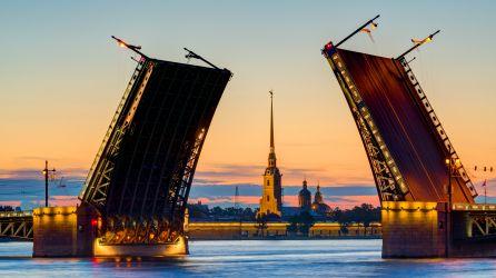 St. Petersburg  Moskova  Turları