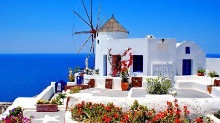 Santorini Adası Turları