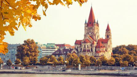 Viyana Turları