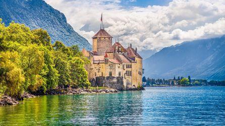 Alplerin Gölgesinde 5 Ülke Turları